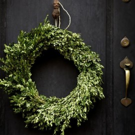 Holiday Decorating: inspiration from Orchard House